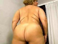 Shaking her ass, Shake shake shake, Shake booty, Samantha boobs, Milf chubby, Milf booty