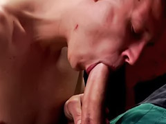 Succhia e si masturba, Masturbazione e pompino