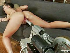 Machine, Kelly divine