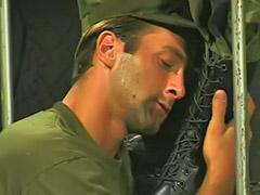 R你吗, 长靴肛交, 长靴口交, 肛交男同性恋口交我射了, 校服,, 我射了 男同志