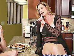Smoking, Milf, Cougar