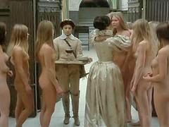 Nude, Girl