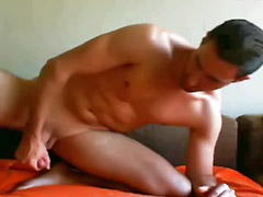 Solo sex, Masturbando gay