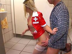 Toilet, Nurse, German