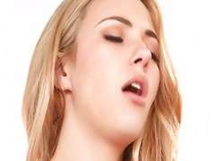 Lezbiyen büyük göyüs, Göğüs yalama, Büyük memeli öpüşme, Sexs lesbian, Lezbiyen sevişme, Öpüşme