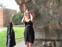 Public, Flashing, Flash, Flashes, Sophie, Amateur public