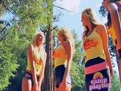 Rubia tiene, Publico niñas, Jovencitas al aire libre, Chica del publico, Campamentos, Público