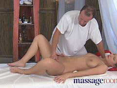 Massage, Orgasm, Little, G-spot, Massage rooms, Orgasmic