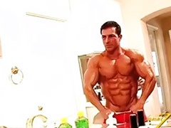 Clem, Males solos, Males, Male, Muscle