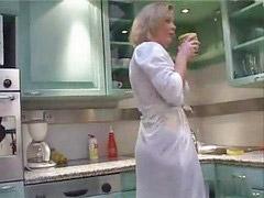Dans ma cuisine, Mon kitchen, Ma mère, Belle-mère