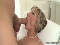 Milf, Screaming, Scream, Milfs, She, Milfs fuck