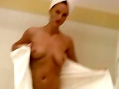 Şiiş, Şii, Public-masturbation, Public blonde, Public nudist, Nudities