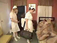 护士b, 护士,奶妈