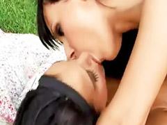 야외 자위, 아시안 흑인, 키스섹스, 야외 딸딸이, 야외오랄, 레즈비언자위