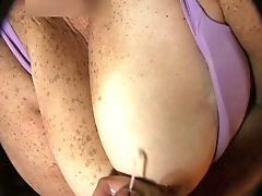 Jerk on her, Jerk on, Jerk off on, Jerking on, Jerking her, Cleavages