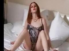 Lingerie, Linger, Ωριμη lingerie, Redhead solo, Redhead hotel, Solo lingerie