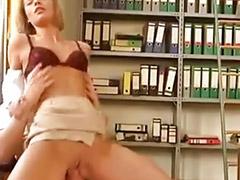 U vaginu jebanje, Jebanje devojcica anal, Jebanje devjcice, Jebanje curicama, Devojka devojci lize, Devojcica tazi kurac