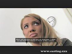Interviewer, Procession, Look a, Interviewed, Interview casting, Blonde interview