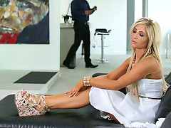 Housewife, Tasha reign, Tasha, Reign, Loneli, Lonely housewife