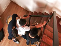 Escaleras, Follar en grupo, En escaleras, Latín