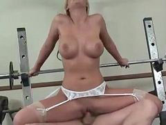 Crazy nurse, Nurse