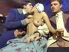 Włoska orgia, Włosi, Włoski