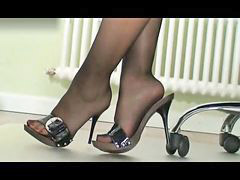 Nylon, Boss, Nylons, Nyloned, Nylone, Nylon lady