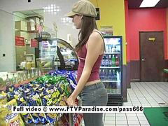 Public, Amateur, Flashing
