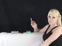 Voyeur blond, Cally, Cigarettes, Musice, Voyeur, Music