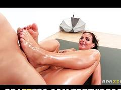 Round ass, Massage fuck, Footj, Massage anal, Assa anal, To big