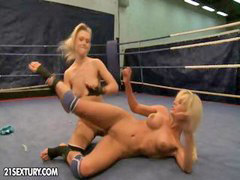 Wrestling, Laura, Wrestl, Pussy to pussy, Laura z, Laura b