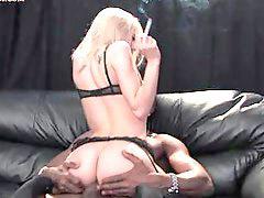 Курящую, Курит, Курение