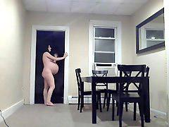 Pregnant bigs, Big pregnant