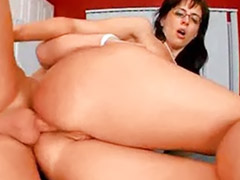 Mom anal, Mom, Anal mom