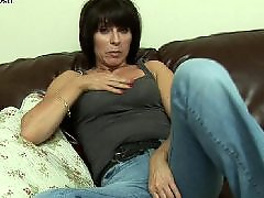 Maduras amateur masturbandose, Madura sola masturbando