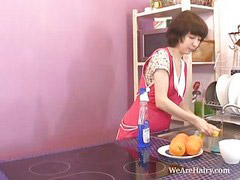 Miki, Cleanning, Miki s, Cleans, Cleaning kitchen, Cleaning