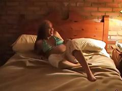 Nun porno, Videos porno morenas, Niñas masturbandose amateur, Amigas se masturbando, Amigas amateur masturbandose, Chicas afeitandose