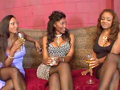 Group, 3 somes, Friend, Friendly, Nyomi, §some