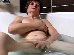 The bathing, Milf bath, Masturbation in bath, Masturbation granny, Mature amateur masturbation, In the bathe