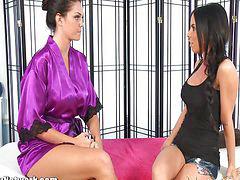 Lesbian massage, Lesbian big tits