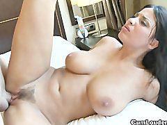 Nude, Anissa kate, Public