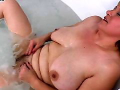 Z mama, The bathing, Plays hairy, Play in, Milfs playing, Milf mama