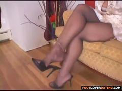 Foot, Mature, Mature foot, Footing, X woman, Worshipping