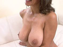 Cougar, Interviewer, Interviewed, Cougars, Cougare, Interview
