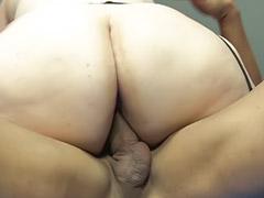 В жирну жопу