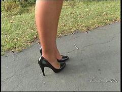 Secretary, Heels