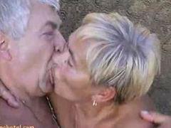 Granny, Grannies, Granny sucks cock, Granny sucks, Granny sucking cock, Granny sucking