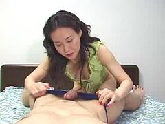 Japanese mom, Uncensored