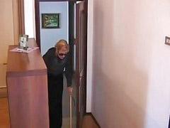 Granny, Italian