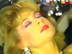 Nina, Nina hartley